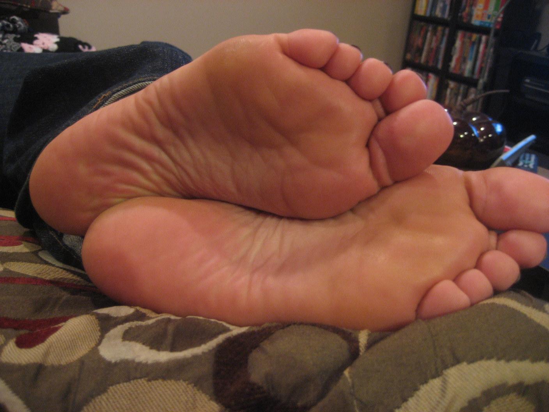 Nonni arabic feet