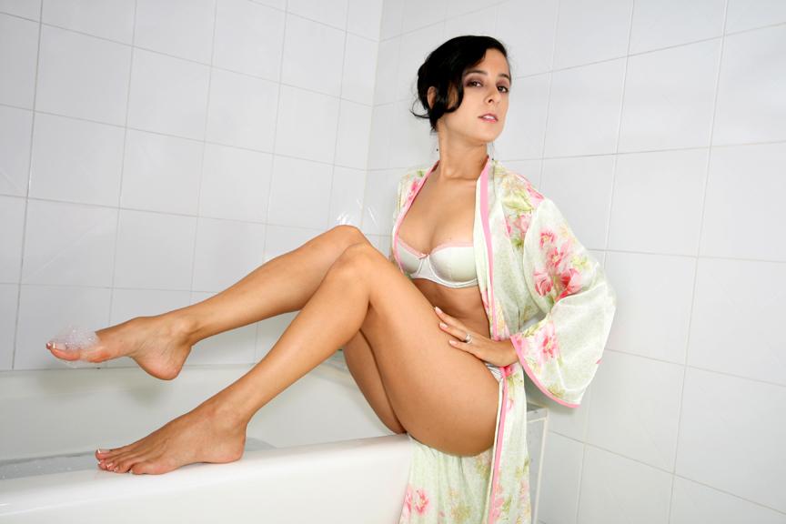 Women naked having a pooping
